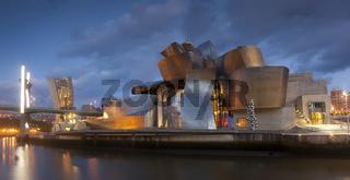 Guggenheim museum, Bilbao, Bizkaia, Spain