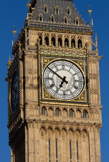 Big Ben in the late evening - Dial