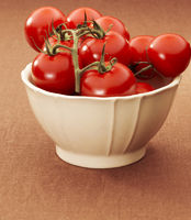 Bowl with tomatoes