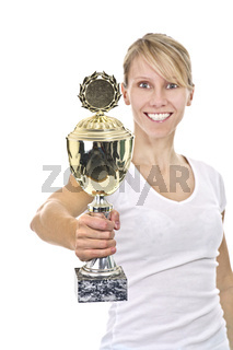 Sportlerin mit Pokal