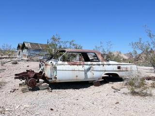 vergessenes Autowrack in Rhyolite