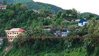 Brücke in Muang Khua, Laos