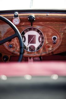 Cockpit Oldtimer IV