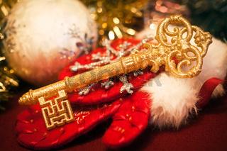 Gold key