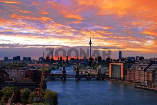 berlin spree skyline
