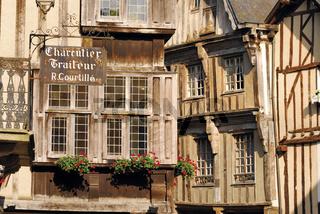 Bretagne: Historische Fachwerkhäuser in Dinan