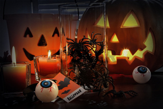 Pumpkins and candles for Halloween