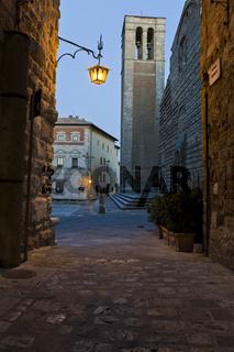 Montepulciano am Abend in der Toskana
