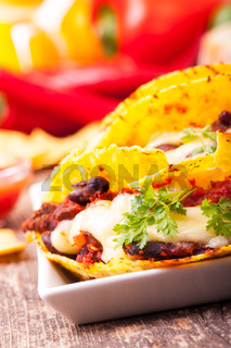 Taco mit Chili Con Carne