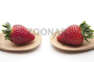 Erdbeere auf Kochloeffel
