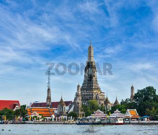 Buddhist temple (wat) Wat Arun on Chao Phraya River. Bangkok