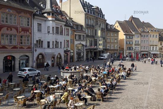Mulhouse Frankreich foto der place de la reunion in der altstadt mulhouse im elsass