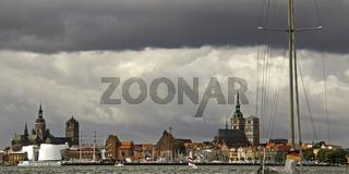 Gewitter über Stralsund