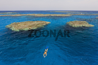 Riffe bei Zabargad, Aegypten
