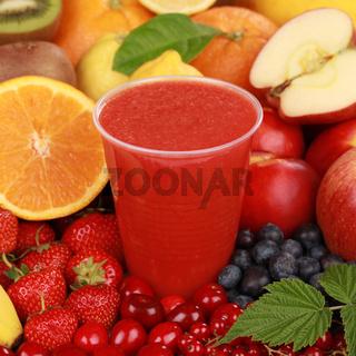 Frischer Saft aus roten Früchten