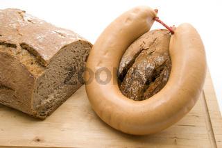 Fleischwurst mit Brot