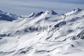 Snow slopes for freeride