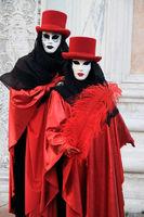 schwarzrotes Paar
