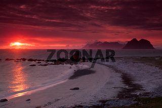 Midnight sun on Lofoten