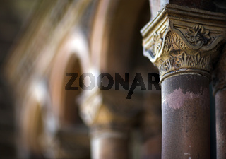 Architektur Detail eines Säulengangs