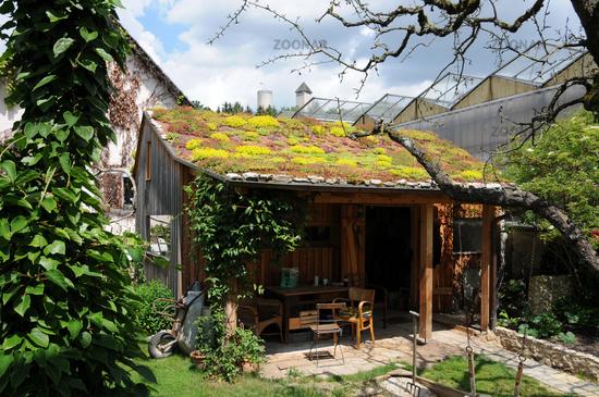Foto Gartenhaus Mit Dachbegrunung Bild 4852000