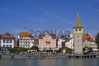 Lindauer Uferpromenade mit Mangturm