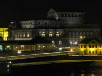Semperoper bei Nacht