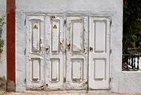 Alte weisse Türen.
