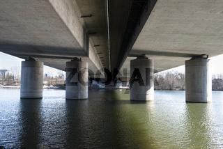 Europabrücke der A 5 über den Main