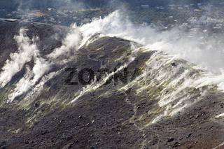 Vulkankrater auf der Insel Vulcano, Liparische Inseln, Italien