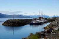 Boote im Hafen von Sortland