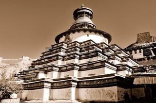 Tsuklahang Tempel    Gyantse  Tibet China sepia