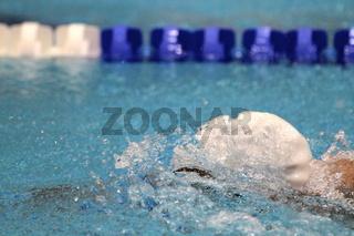Kopfhaltung beim Ausatmen ins Wasser