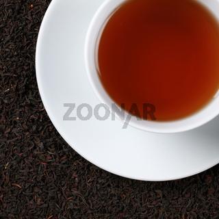 Schwarzer Tee von oben