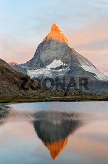 Matterhorn mit Morgensonne