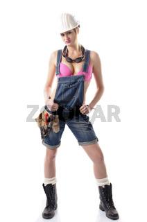 Sexy Handwerkerin in Latzhose