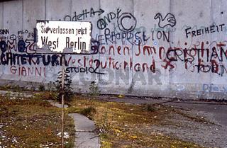 1985 - Historische Aufnahme Berliner Mauer