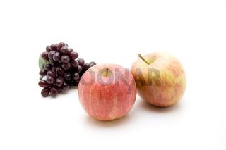 Äpfel und roteTrauben