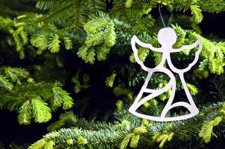 Weihnachtsbaumdekoration in Form eines Engel