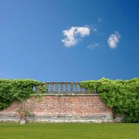 Wall with Balustrade