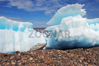 Gestrandete Eisberge in der Frobisher Bay, Kanada