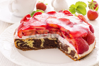 cake with strawberry and curd