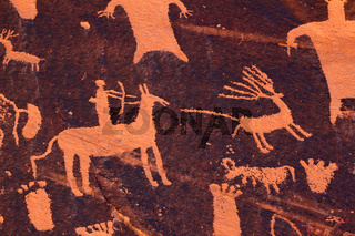 Hunting Petroglyph - Newspaper Rock