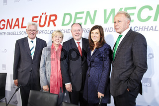 SPD and Green - joint press conference in Berlin.