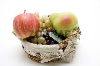 Apfel und Birne mit Trauben