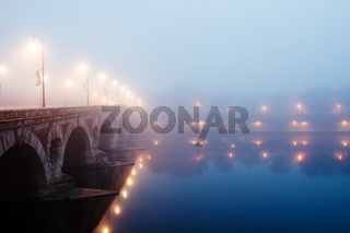 Misty morning in Toulouse, Pont Neuf, France