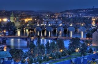 Brücken über der Moldau in Prag