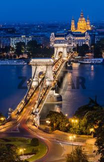 Chain Bridge and Danbue in the night, Budapest