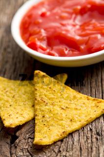 corn nachos with tomato dip