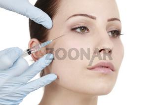 facial treatment with botulinum toxin